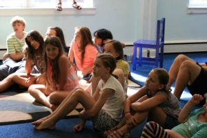 alc_alfsummer15-kids-sitting
